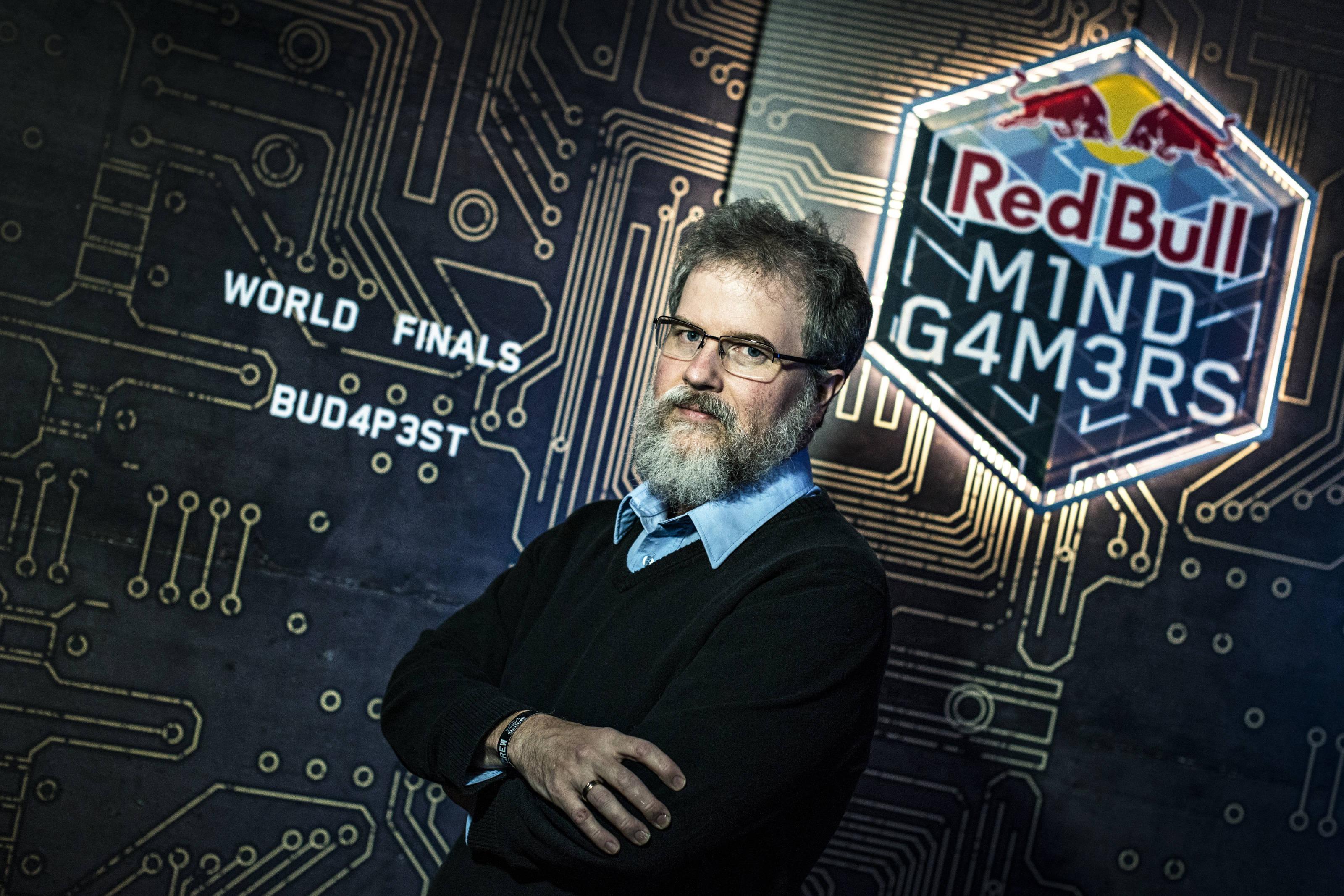 Criador de sala do campeonato mundial de escape room explica como criar o time perfeito para qualquer desafio